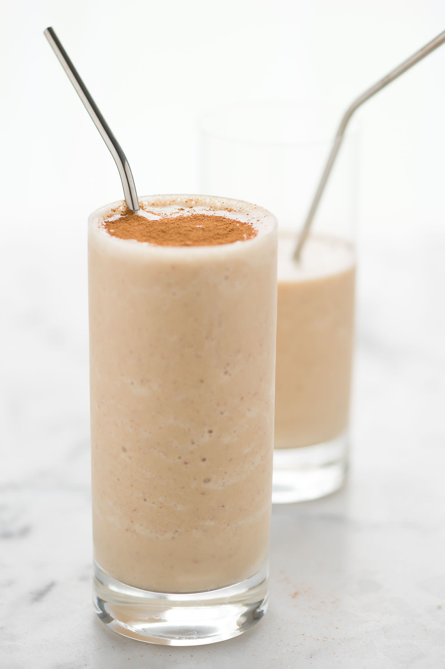 Apple Oatmeal Smoothie Recipes is easy, healthy filled with Peanut Butter. {Breakfast, Vegan, instant, cinnamon, Weightloss, Fruit, Skinny, Protein}z