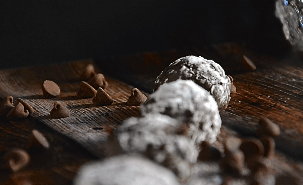 Skinny Boozy Truffles