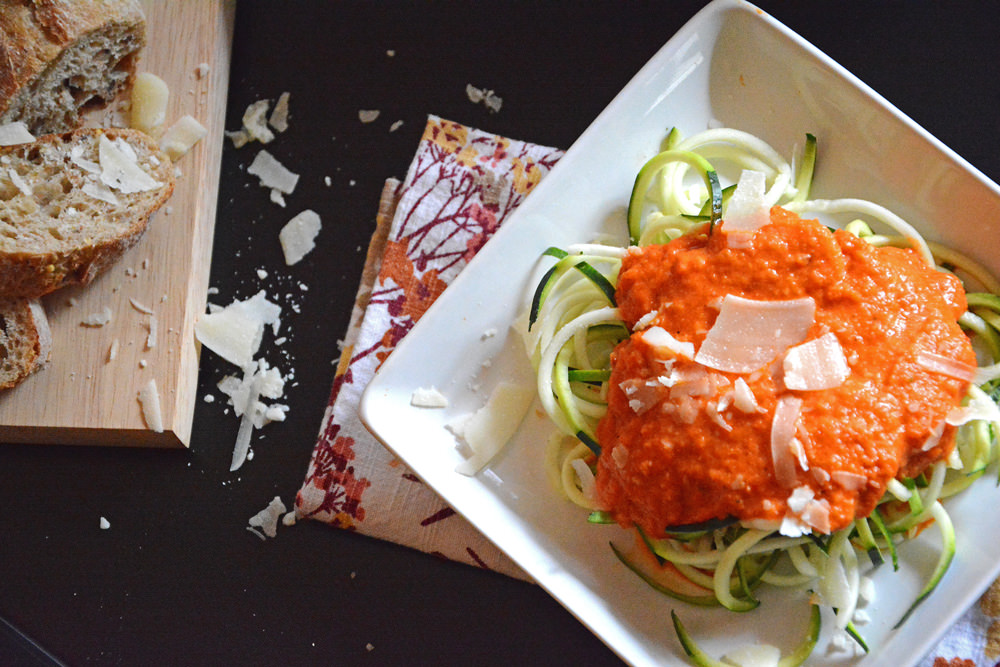 Roasted-Red-Pepper-Alfredo-with-Zucchini-Noodles-4