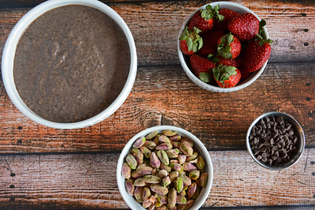 Strawberry,-Chocolate-and-Roasted-Pistachio-Chia-Pudding