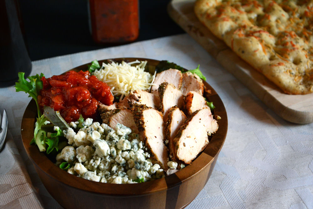 Grilled Chicken Bruschetta Salad | The Housewife in Training Files