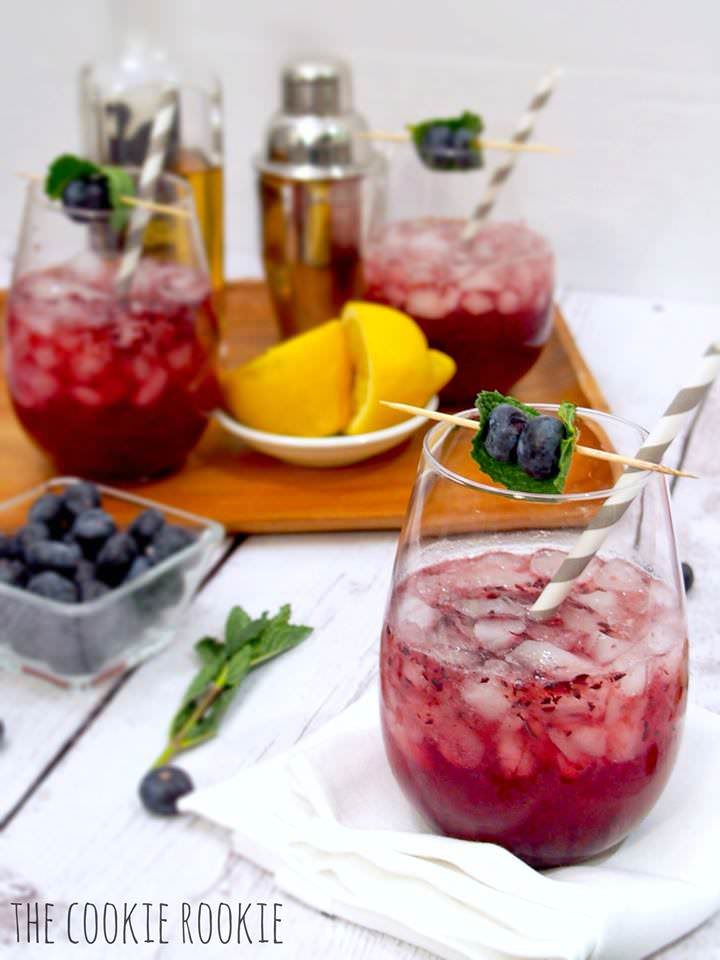 Blueberry & Honey Mint Juleps | The Cookie Rookie