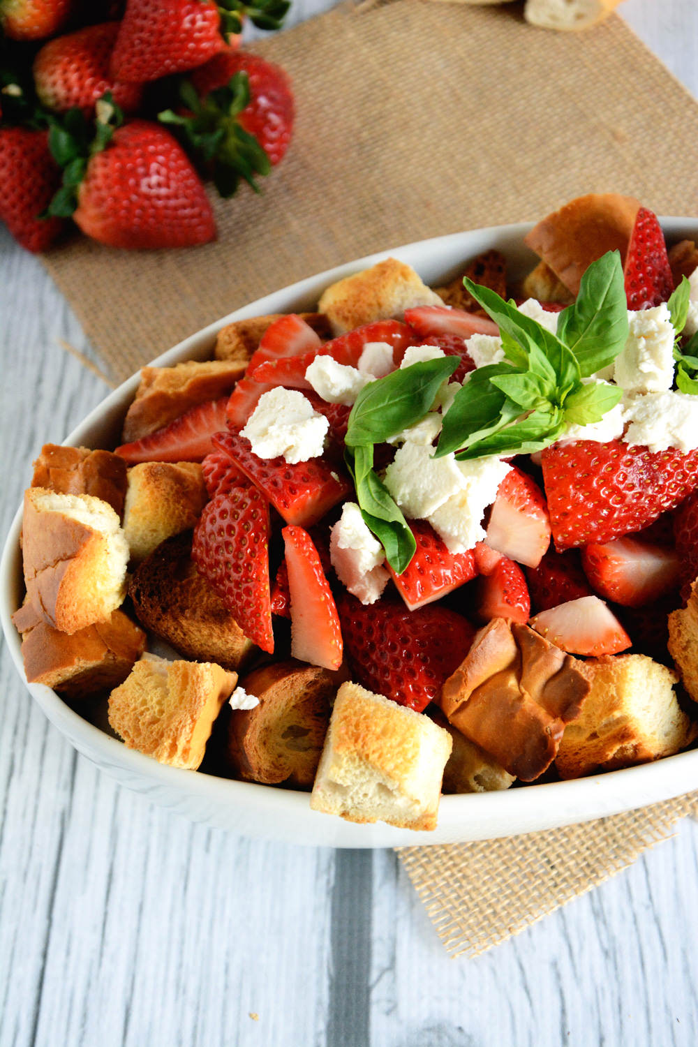 Honey & Strawberry Panzanella Salad | The Housewife in Training Files