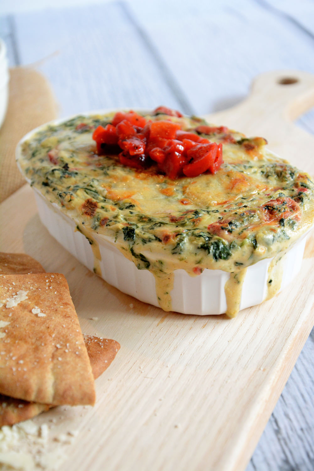 Roasted Garlic Spinach & Artichoke Dip with Garlic Pita Chips | The ...