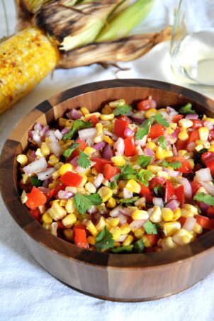 Fire Roasted Corn & Poblano Salsa   A sweet and spicy salsa made with corn, poblanos & red peppers! #CKMondaviHeroes #CleverGirls @ckmondaviwines