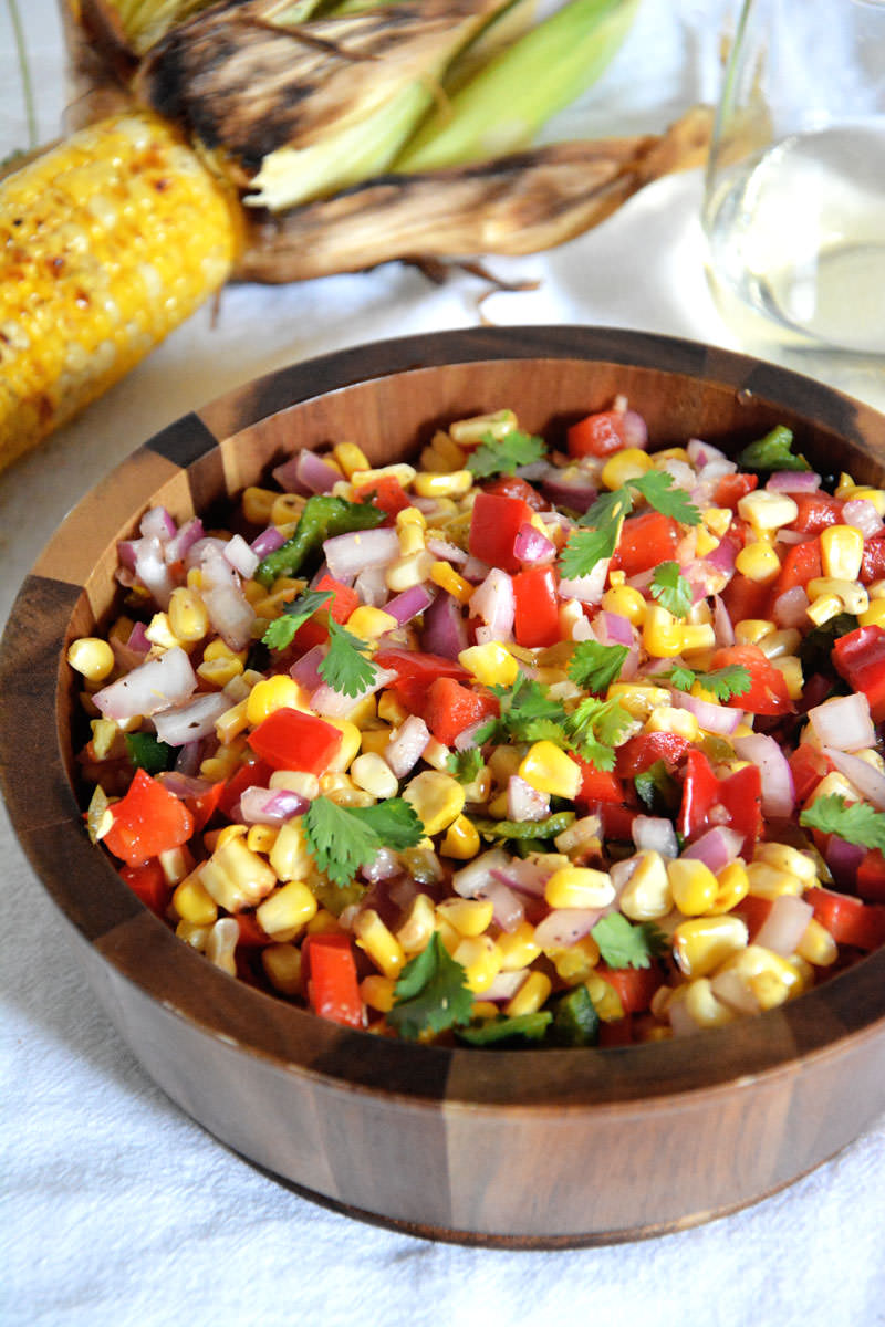 Fire Roasted Corn & Poblano Salsa | A sweet and spicy salsa made with corn, poblanos & red peppers! #CKMondaviHeroes #CleverGirls @ckmondaviwines