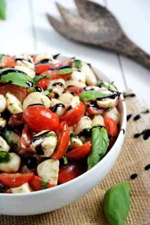 Gnocchi Caprese Salad   Caprese Salad gets made over and tossed with delicious gnocchi for an easy and wholesome, make ahead salad! #salad #caprese #healthy #gnocchi
