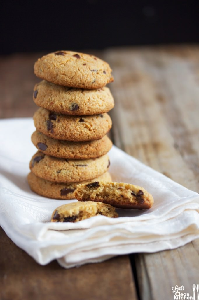 Copy Cat Tollhouse Chocolate Chip Cookies
