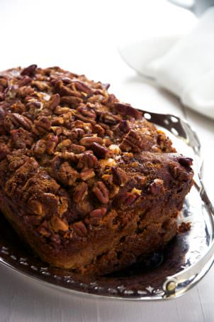 {Oil Free} Brown Butter Apple Bread with Butterscotch Chips and Cinnamon Pecan Streusel