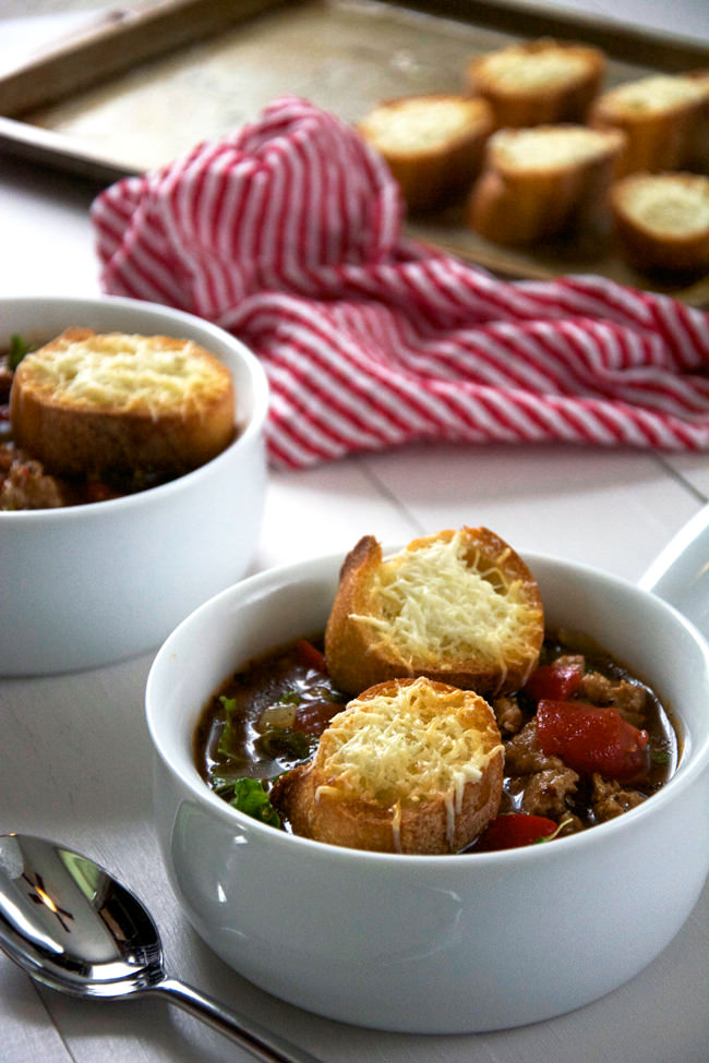 A quick and hearty sweet Italian sausage soup filled with veggies and kale! And no Italian meal is complete with garlic toast! A quick 4 ingredient, garlic toast is perfect to dip into your soup!