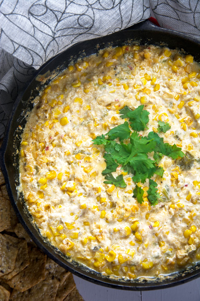 A sweet and spicy dip made with chipotle gouda, sweet corn, roasted hatch chiles and greek yogurt! Simple to throw together, yet full of flavor!