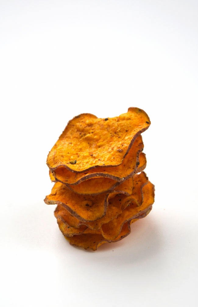 ... Spiced Healthy Sweet Potato Chips with Greek Yogurt Blue Cheese Dip