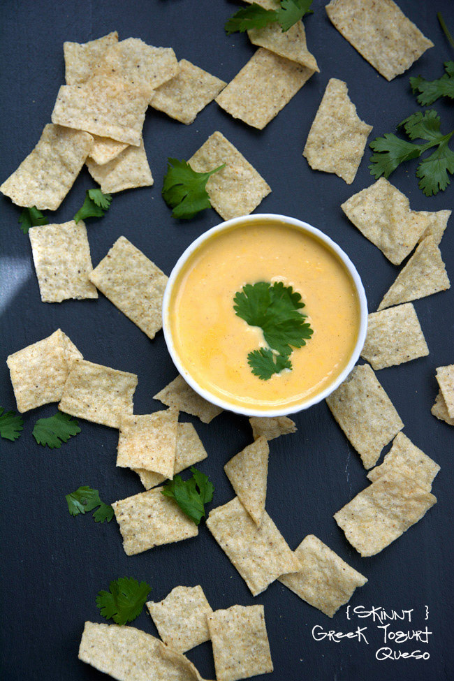 Flavorful skinny queso dip made with american cheese, almond milk and ...