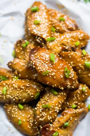 Slow Cooker Garlic Honey Teriyaki Chicken Wings-