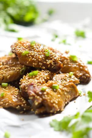 Forget the fryer with these Slow Cooker Garlic Honey Teriyaki Chicken Wings! Filled with Asian flavors of garlic, honey, ginger and soy sauce, these wings are the perfect appetizer or light dinner!
