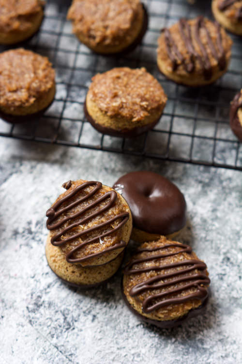 {One Bowl} Mini Baked Samoa Donuts with 5 Minute Caramel Sauce | The Housewife in Training Files