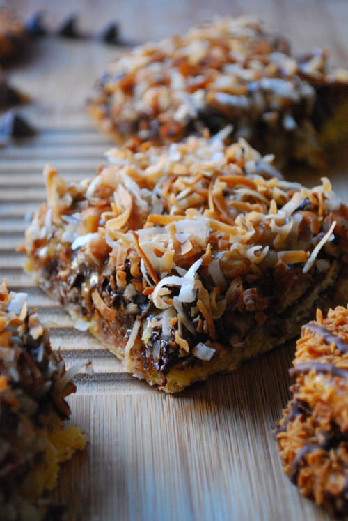 Samoa Magic Bars | The Domestic Rebel