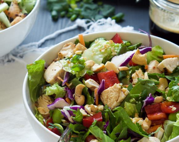 Crispy Thai Cashew Chicken Salad with Soy Ginger Dressing + A BlendTec Giveaway!! {Closed}