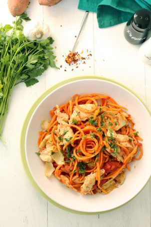 Tomato Sweet Potato Noodles with Roasted Artichokes and Chicken |The Lemon Bowl