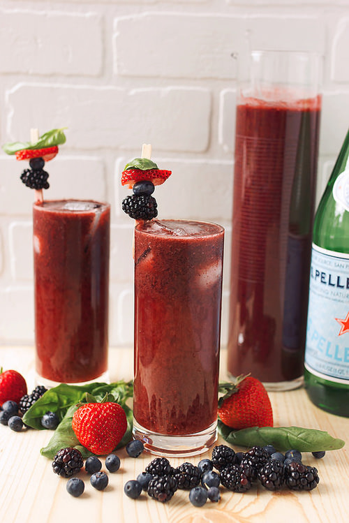 Mixed Berry Basil Sparkling Agua Fresca | Tasty Yummies