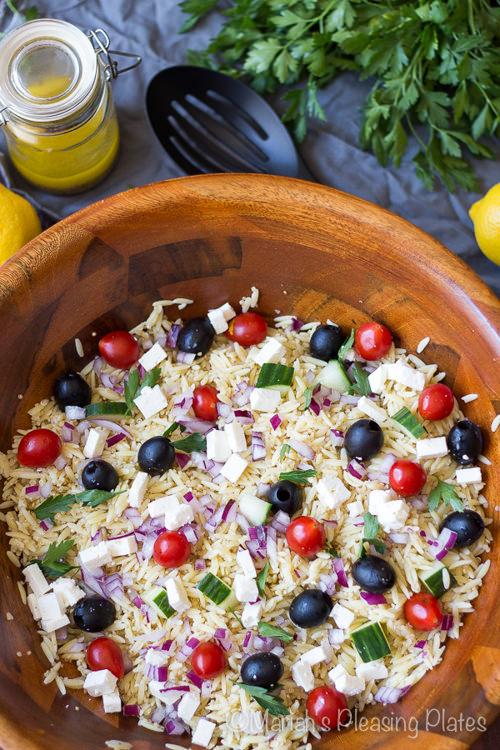 Simple Greek and Quinoa Salad with Lemon Vinaigrette