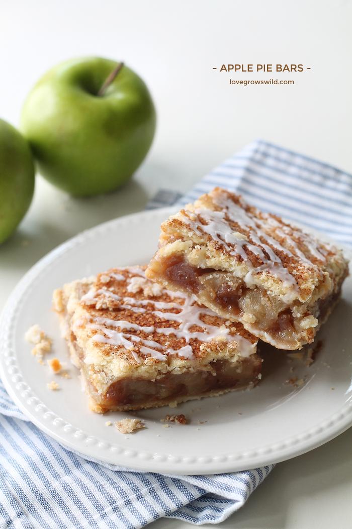 Apple Pie Bars | Love Grows Wild