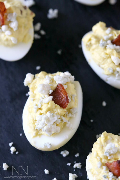 Bacon Blue Cheese Deviled Eggs | Nutmeg Nanny
