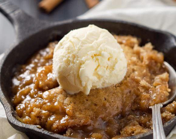 Gooey Sugar Cookie Caramel Pudding Cake