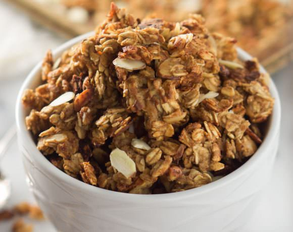 Vanilla Almond Macaroon Granola is a blend of toasted coconut, almonds and honey that tastes like you are eating a vanilla macaroon cookie!