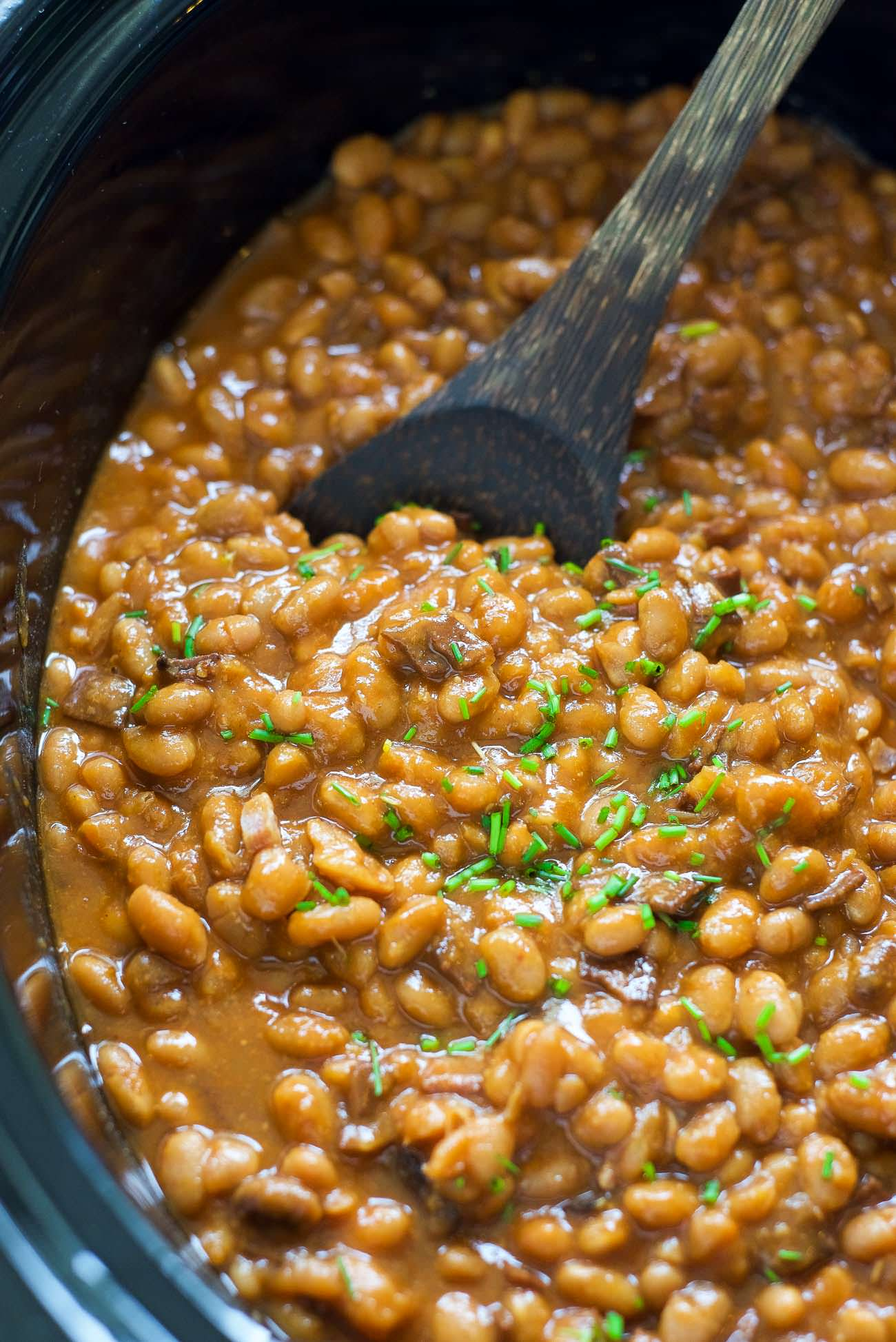 Slow Cooker Healthy Maple Bacon Baked Beans With Salt And Wit