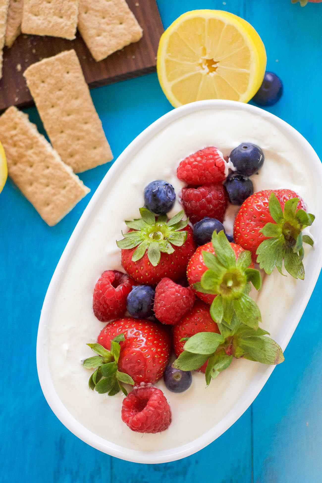 When I took my first five spoonfuls of this Lemon Berry Cheesecake Dip,  I knew I was a goner. Let's all agree this is a perfectly acceptable afternoon snack. Mmmkay?
