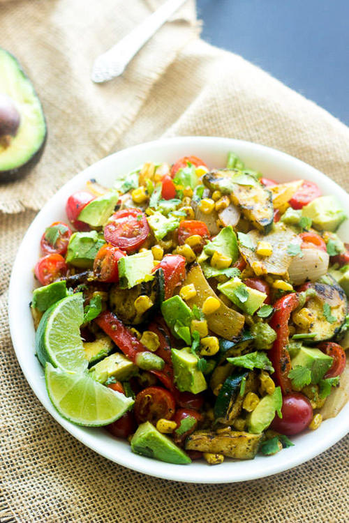 Grilled Corn Salad with Jalapeno Lime Vinaigrette | Food Faith Fitness