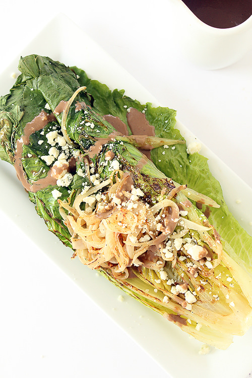 Grilled Romaine with Caramelized Onion Noodles, Blue Cheese, and Greek Yogurt Balsamic Dressing | Inspiralized