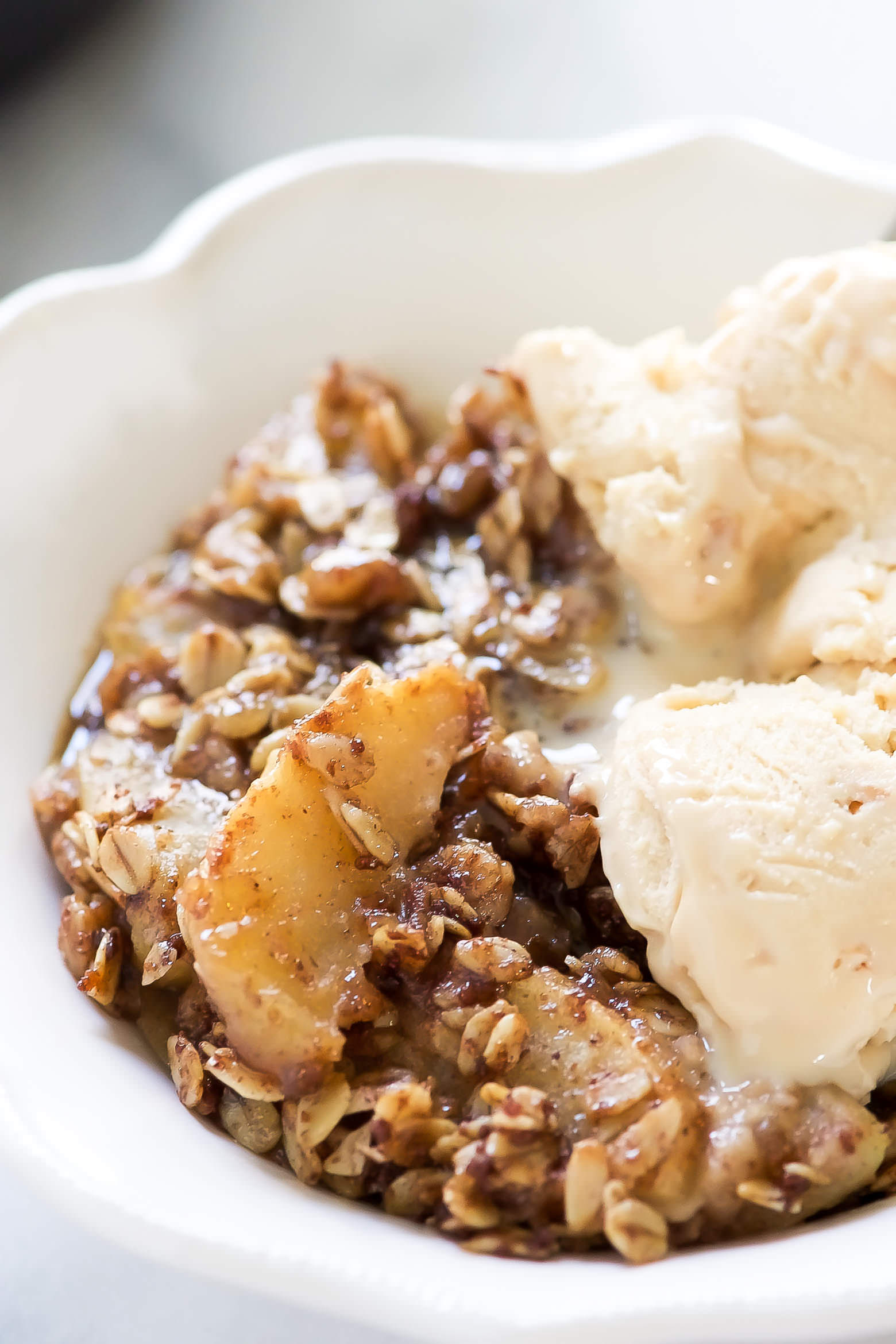 Apple Crisp with Oat Topping Recipe - m 53