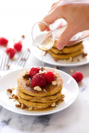 pumpkin-pancakes-with-coconut-maple-syrup_glutenfree_vegan-5
