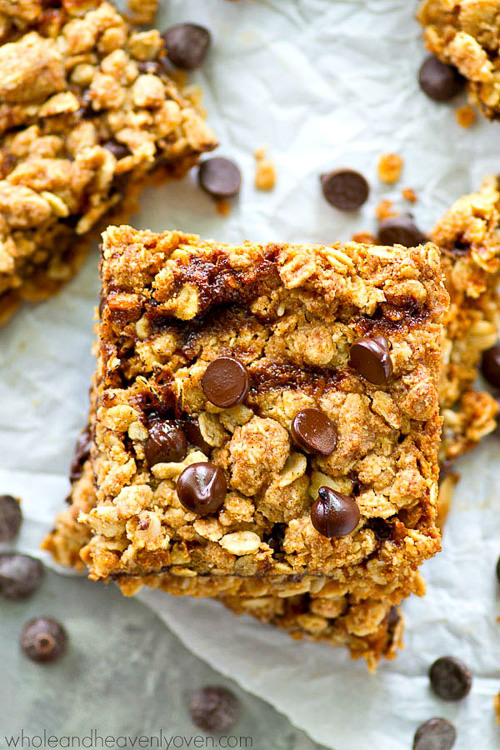 These Oat Bars are packed with peanut butter, chocolate, oats, and homemade caramel sauce, these coconut oil oat bars literally have it all!—Perfect for an after-school snack or for tucking into lunch boxes.