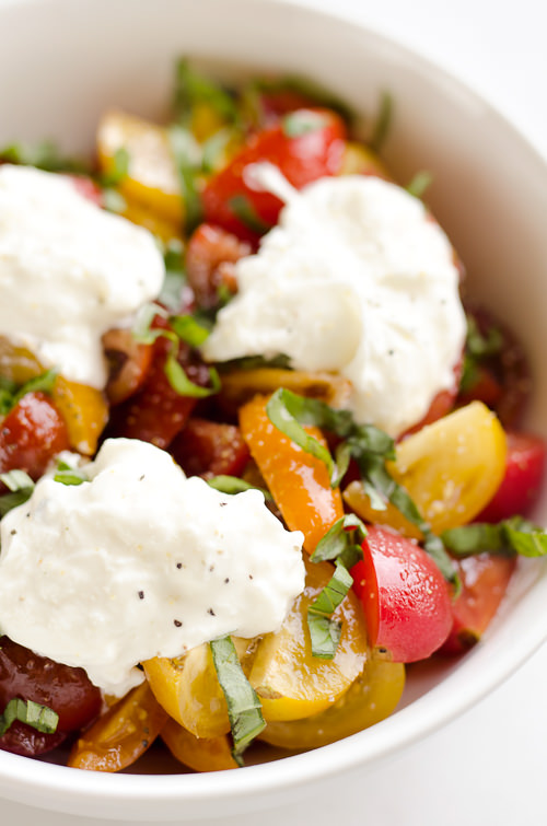 Fresh Tomato Basil & Burrata Salad is a healthy and easy salad made with simple ingredients for a side dish ready in just 5 minutes!
