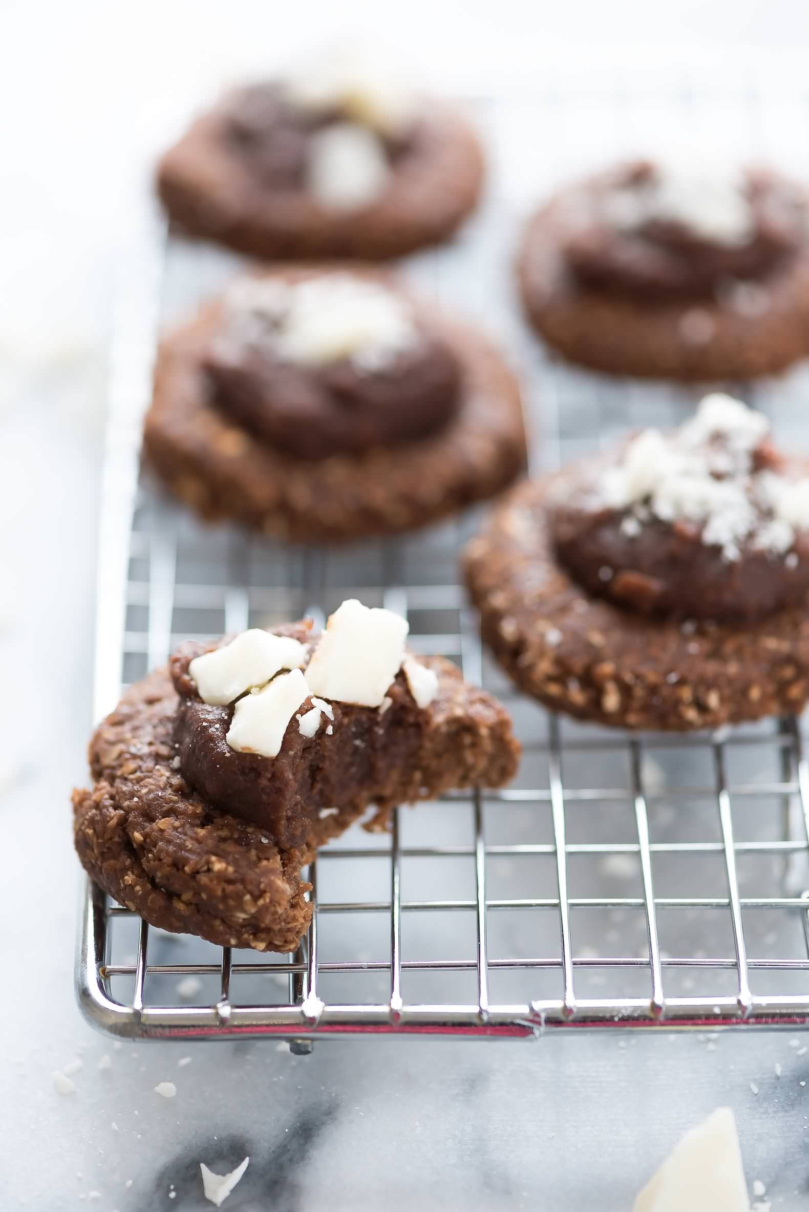 no bake chocolate oatmeal cookies, without peanut butter, healthy, recipe, low carb, easy, best, with cocoa, sugar free, vegan, without milk, old fashioned oats, maple syrup, simple, clean eating
